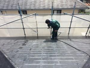 光和建装屋根洗浄中