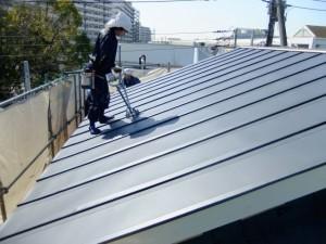 ガルバリウム鋼板塗装