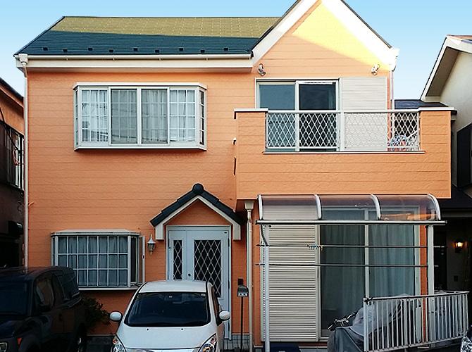 ラジカル塗料で塗装した家